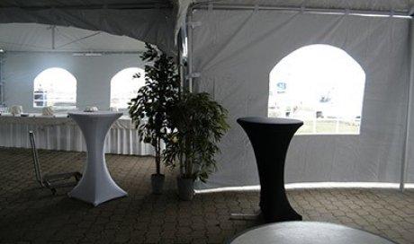 Location de tente pliante barnum 3x3 pour évènement à Mordelles